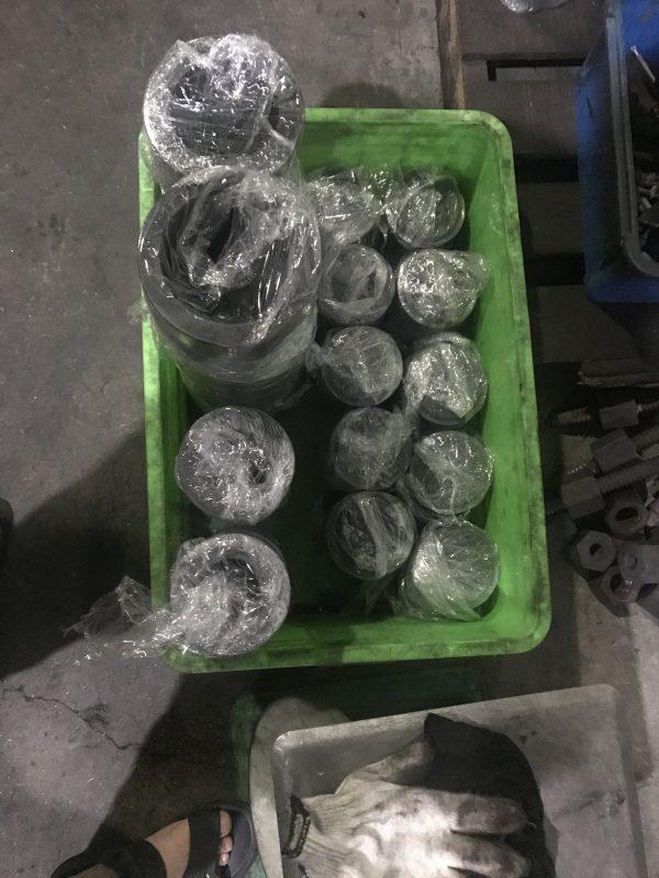 Sản phẩm xylanh và pittong sau khi thấm nitơ được đóng gói trả khách